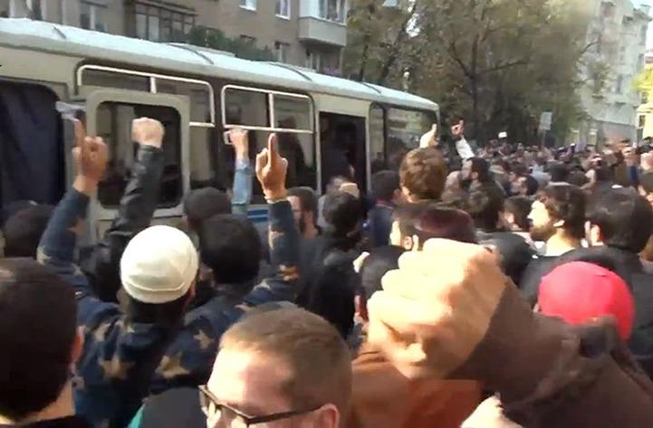 Участник ДТП, вызвавшего беспорядки у Исторической мечети, приговорен к году тюрьмы