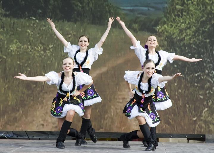 """Фестиваль национальных культур """"Многоцветие России""""-2013"""