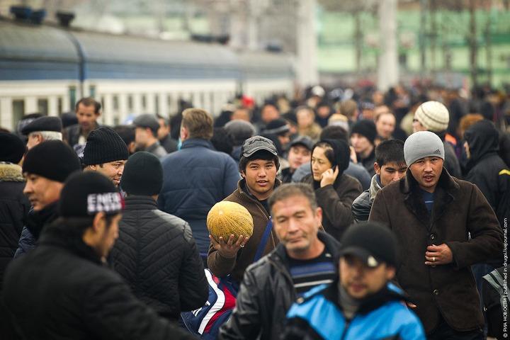 Проблема мигрантов в Москве вышла на первое место в рейтинге острых вопросов