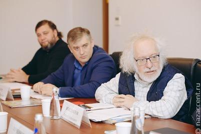 Судьбу памятника Дзержинскому на Лубянке решат москвичи