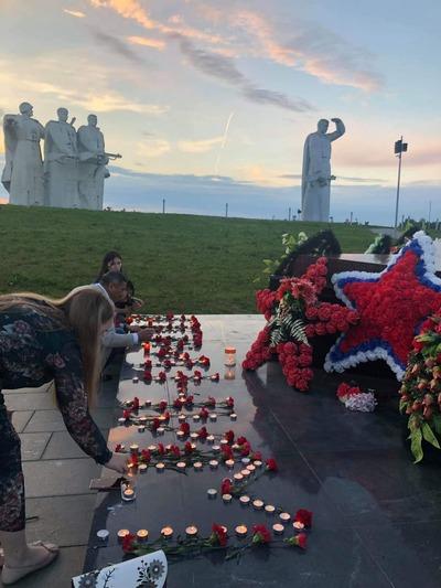 Национальные активисты зажгли свечу памяти в Подмосковье