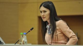 Казанские власти опровергли сообщение об увольнении родителей школьницы за отказ от уроков родного языка
