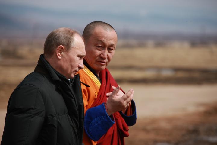 Путин поздравил буддистов с Сагаалганом