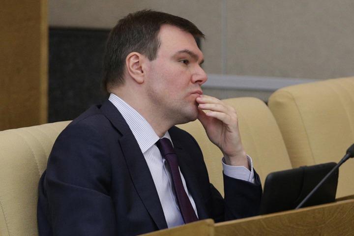Госдума поддержала беспокойство Яровой об изучении иностранного в школах