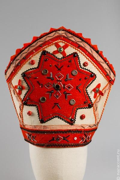 Декор прибалтийских народов представили на выставке в этнографическом музее