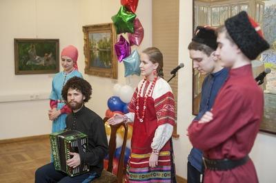 Рэперы посоревнуются в исполнении масленичных частушек в Московском доме национальностей