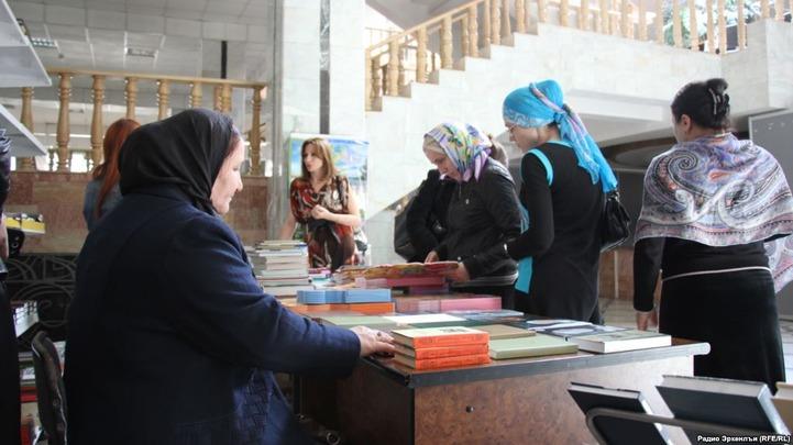 В Дагестане выпустят учебники по аварскому, табасаранскому и лакскому языкам