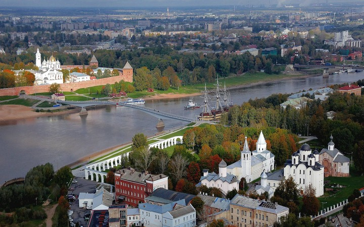 Необычный финно-угорский амулет XIII века нашли в Великом Новгороде