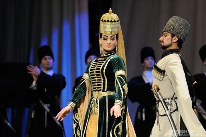 В Адыгее состоялся фестиваль кавказского танца