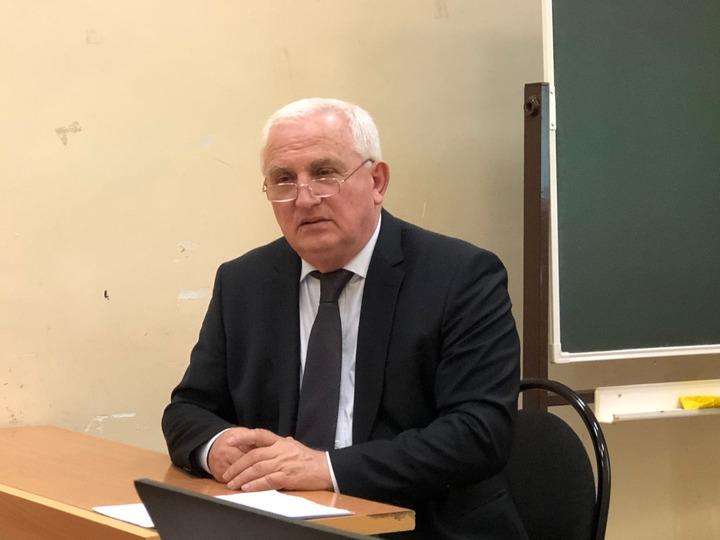 Эксперт выступил против национальных редакций в СМИ
