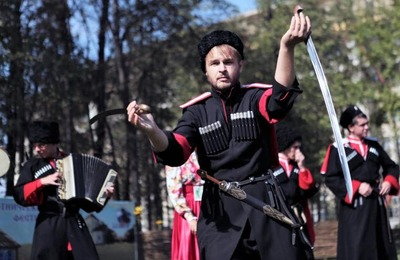 На фестивали в Твери казаки покажут фланкировку и джигитовку