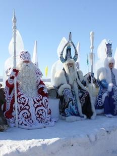 Деды Морозы и Снегурочки соберутся на съезд в новогодней столице России