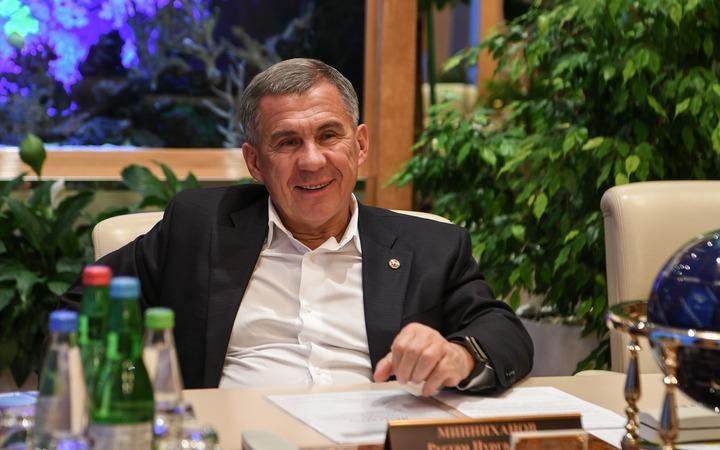 Минниханов призвал семьи общаться на татарском языке для его сохранения