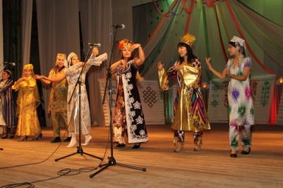 """Фестиваль """"Многоголосье земли хакасской"""" собрал представителей 15 национальных общин"""