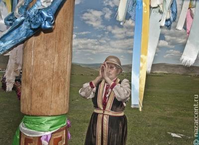 На острове Ольхон на Байкале обрушился один из священных столбов