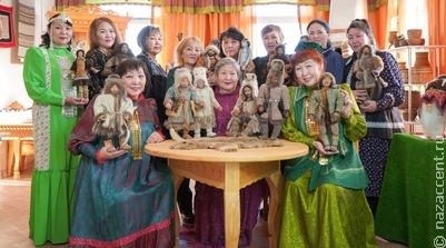 Якутские кукольницы представят экспозицию по народной сказке в Москве