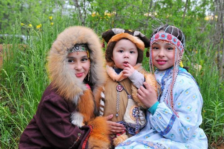 Интерактивную этнокнигу коренных народов Магаданской области запустят осенью