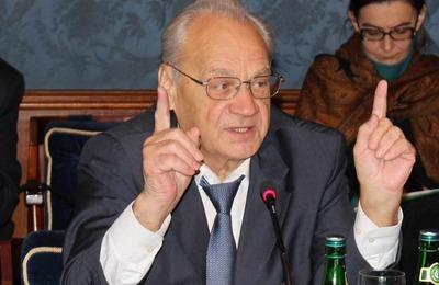 Экс-министр РФ по делам национальностей одобрил создание профильного агентства
