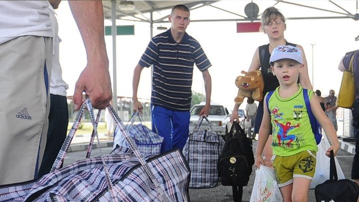 """СМИ: ФМС разработало закон о """"временной защите"""" беженцев"""