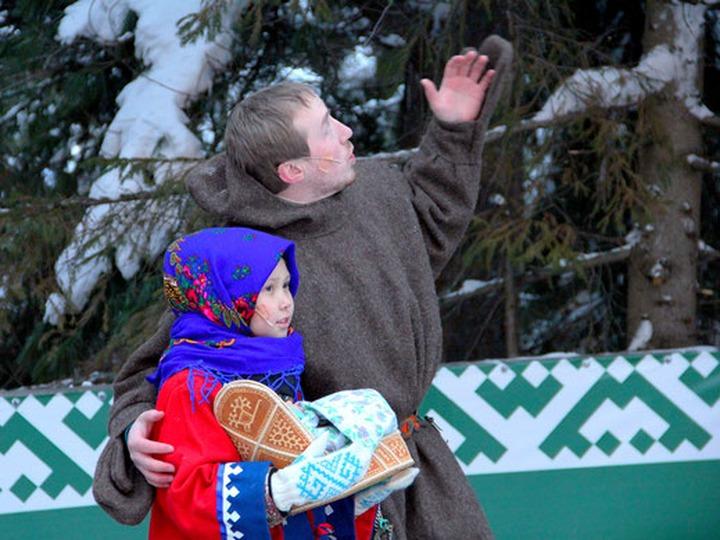 """Ханты и манси в Югре проведут обряд приношения Луне """"Тылащ пори"""""""