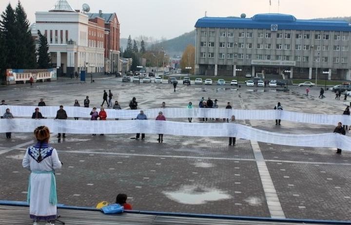 """Алтайцы собрали 22 тысячи подписей за захоронение """"принцессы Укока"""""""