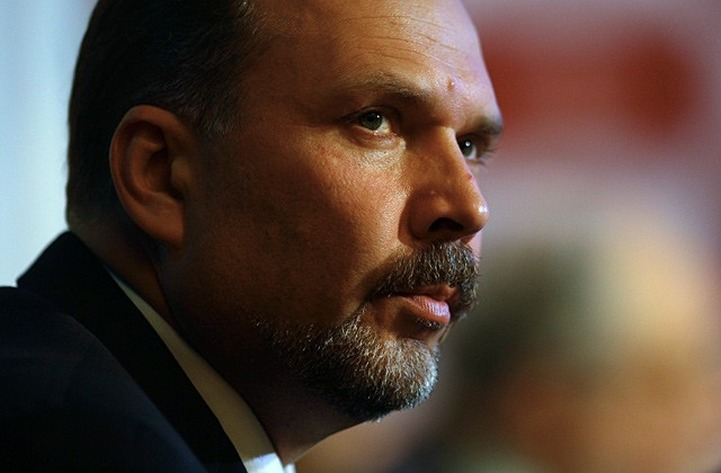 Михаил Мень не будет заниматься межнациональной политикой