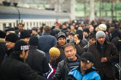 Доклад: Россия на третьем месте по числу мигрантов