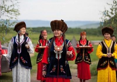 Фольклорный ансамбль запустит онлайн мастер-классы в честь древнего хакасского праздника