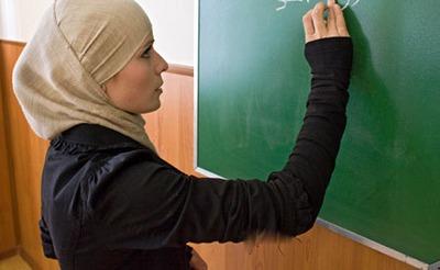 Прокуратура добилась окончательного разрешения носить хиджаб в ВУЗе