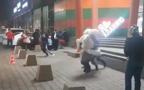 Во Владикавказе невесту дважды уронили на асфальт во время похищения