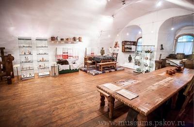 Второй тур онлайн-викторины на знание быта крестьянской избы начался в Пскове