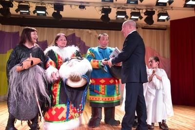Тазовских и надымских оленеводов наградили на Ямале