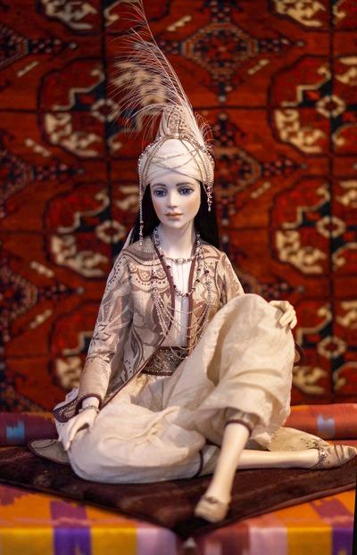 На выставке Moscow Fair покажут кукол в национальных костюмах