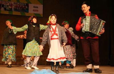 """На фестивале """"Мы вместе!"""" выступили представители восьми национальностей"""