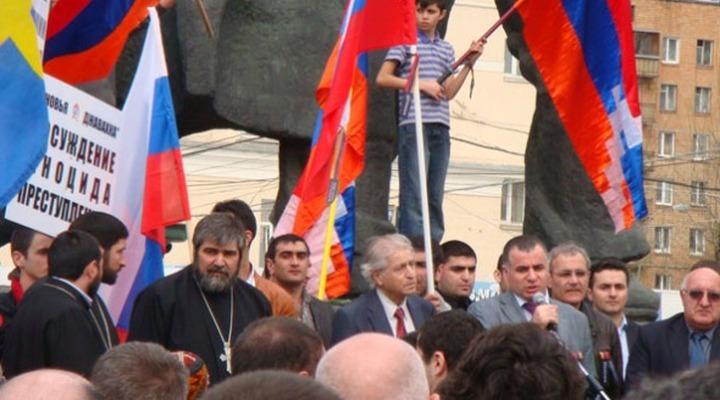 В интернете собрали почти тысячу подписей за отставку главы Союза армян России