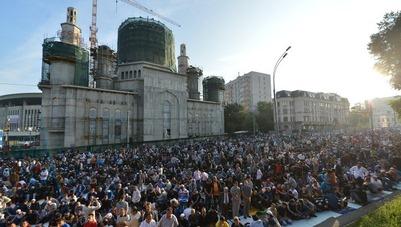 Открытие крупнейшей в Европе мечети Путин назвал большим событием для мусульман