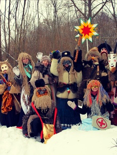 """В интернете прошел всероссийский этнофлешмоб """"Я иду на Коляду"""""""