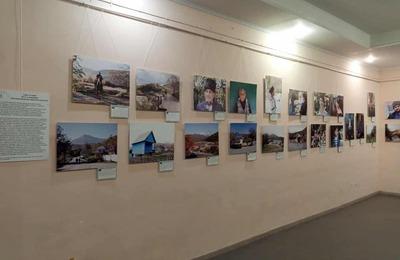 Фотовыставка по экспедиции блогера к адыгам-шапсугам открылась в Новороссийске