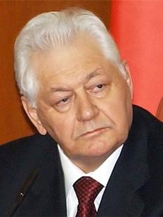 Магомедали Магомедову присудили звание Героя Труда