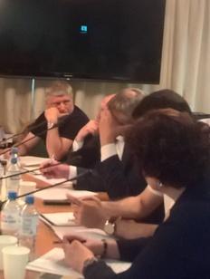 На круглом столе в Думе прозвучало мнение о вреде изучения родных и иностранных языков