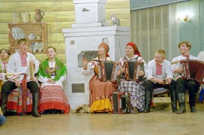Жители Воронежа отметили Святки фольклорным концертом и народными играми