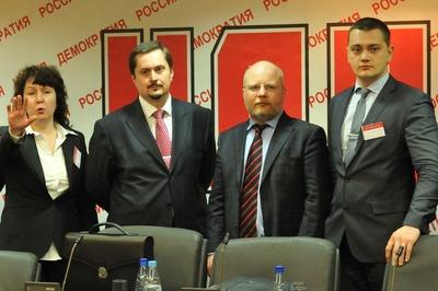 Пресс-служба НДП: Формально обыск в офисе партии не связан с ее деятельностью