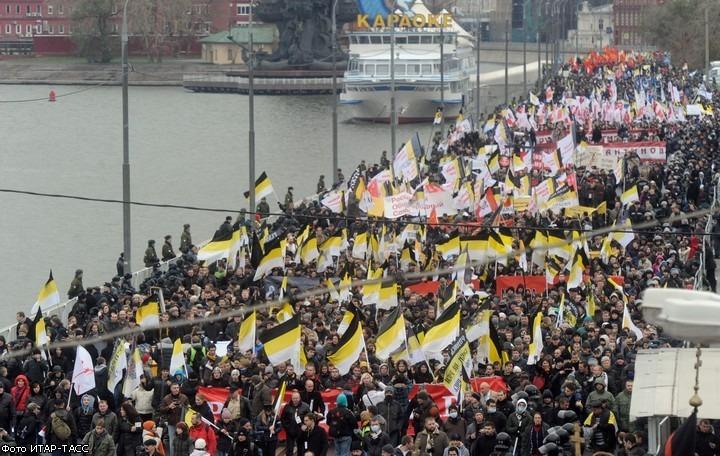 Националисты во время майских праздников планируют провести тысячное шествие в Москве