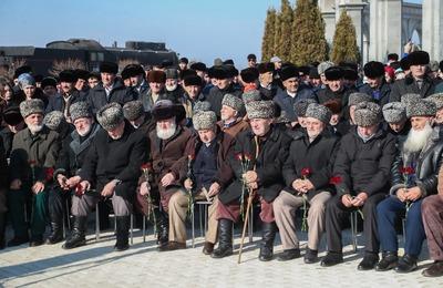 Память депортированных 75 лет назад чеченцев и ингушей почтили в республиках
