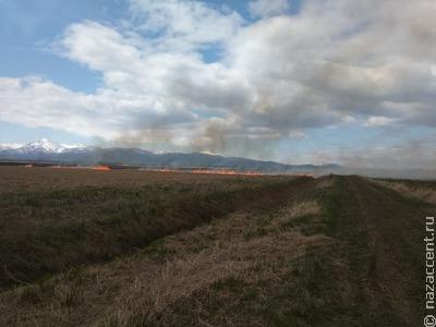 В Пенжинском районе Камчатки ввели ЧС из-за пожара близ национального села Оклан