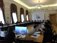 В Москве обсудили сохранение и развитие языков народов России