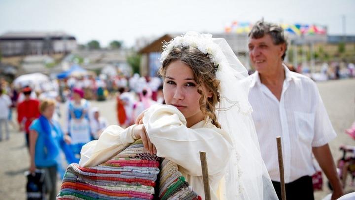 В Атамани отгуляли 45 казачьих свадеб