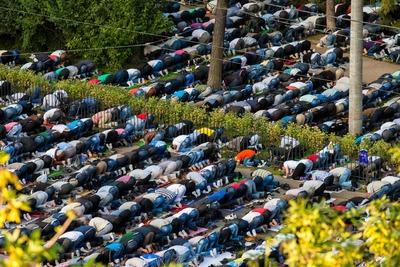 """""""Молельни под открытым небом"""" появятся в столичных парках только с согласия москвичей"""