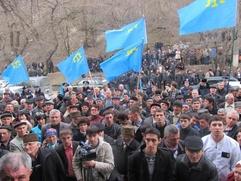 Власти Крыма: Крымские татары бегут от войны на Украине на полуостров