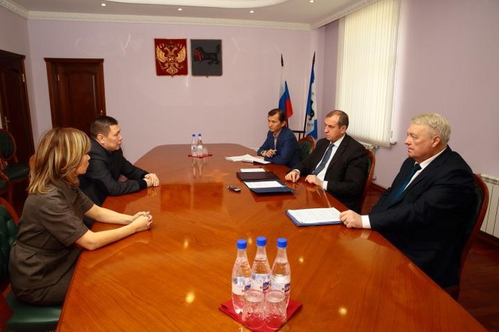 В районах Иркутской области создадут свои советы КМНС
